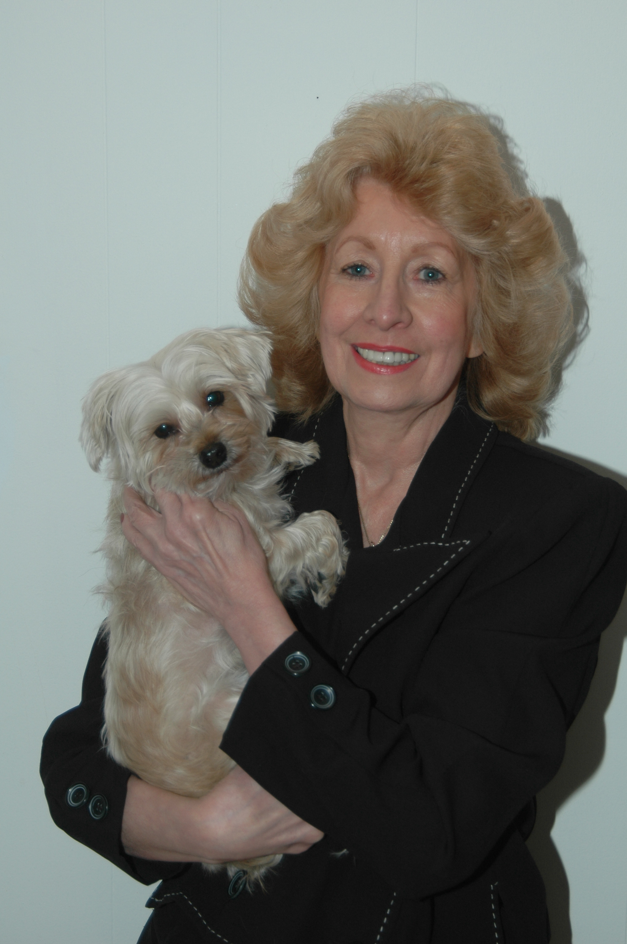 Maryann Chernovsky, President, Little Shelter and 911 Dog with Broken Legs