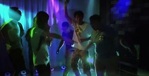 Yantouch Eye Photo - DJ Mode with Lighting