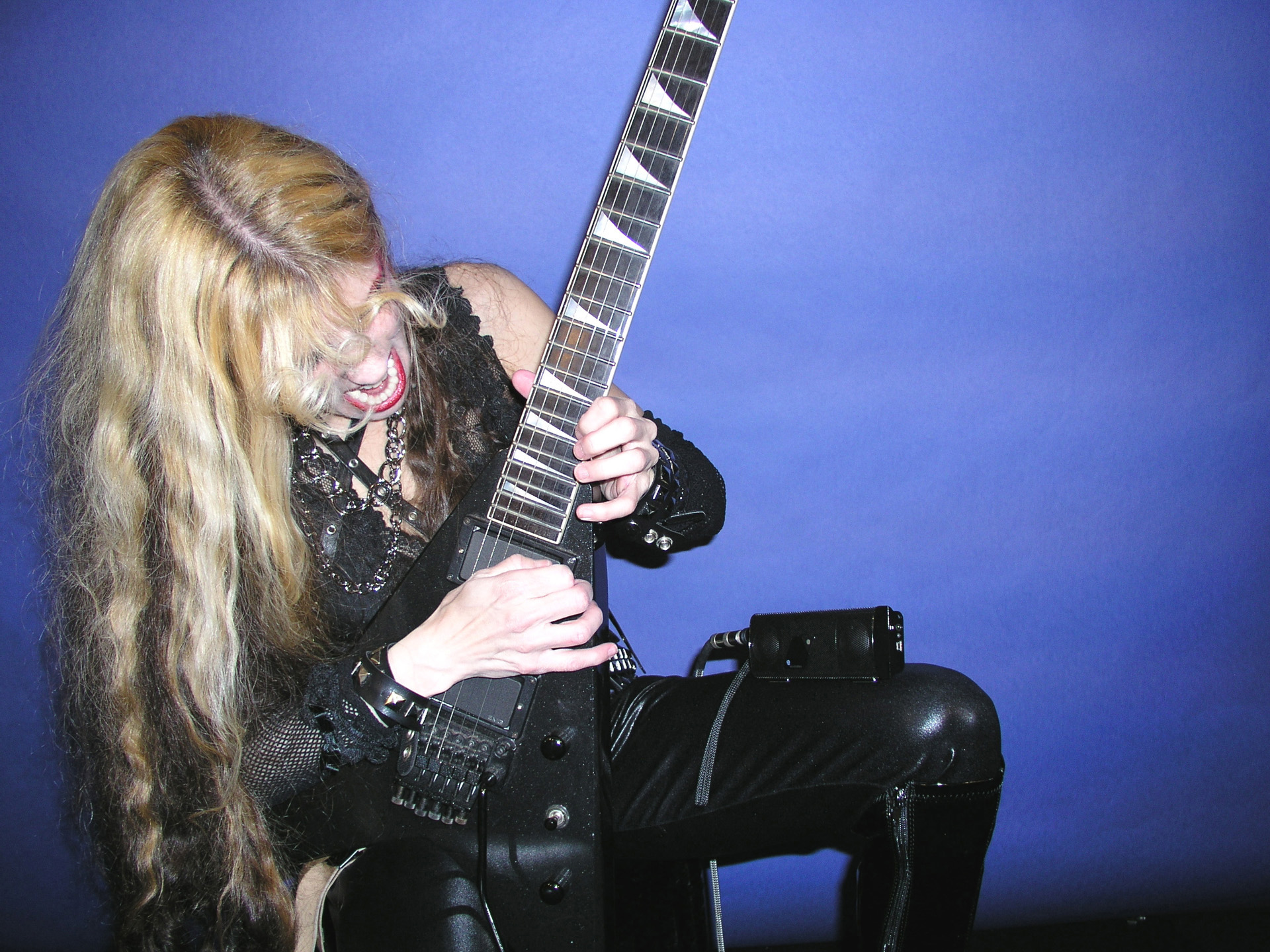 The Great Kat Shredding Flying V Guitar with foxL